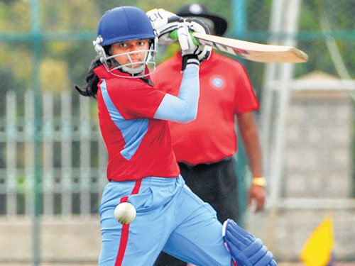 Red to take on Blue in final