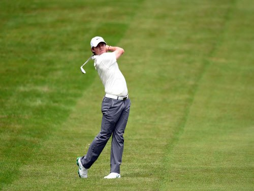 Reed sets early pace with four birdies at US Open
