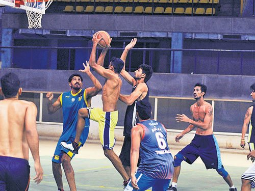 Top hoopsters turn  up for Asian trials