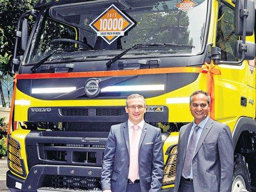 Volvo delivers truck No.10K, sees mkt boom