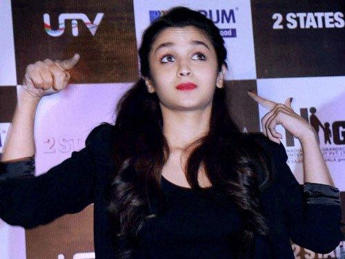 Alia Bhatt crosses five million followers mark on Twitter