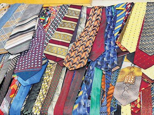 A binding tie