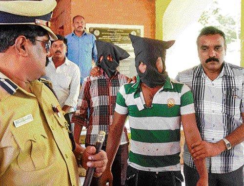 Two held for selling fake Ayurvedic drugs