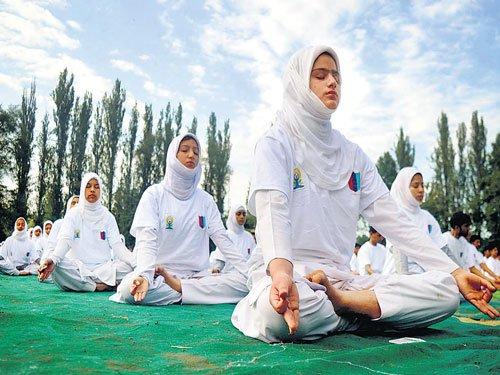 Kashmiri NCC cadets attend sessions