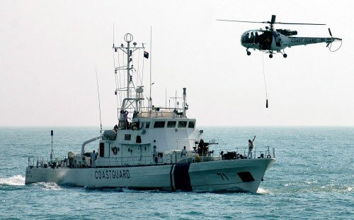 Navy chopper rescues 20 from listing vessel off Vasai
