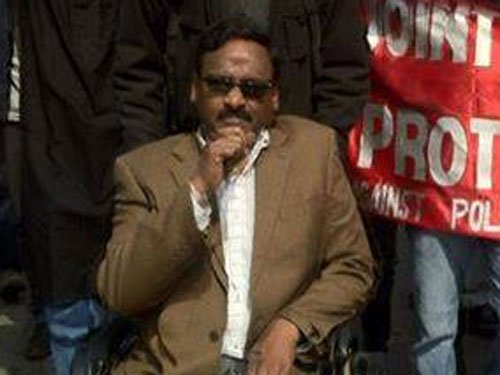 Admit suspended DU professor Saibaba to hospital of his choice: HC