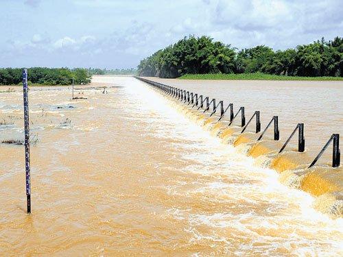 Rain lashes Malnad, may recede soon