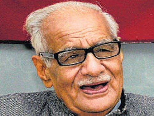 Modi akin to Indira, says Kuldip Nayar