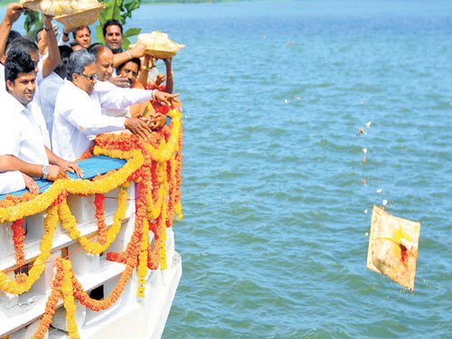 'Rs 1,800 cr for irrigation works in Cauvery command area'