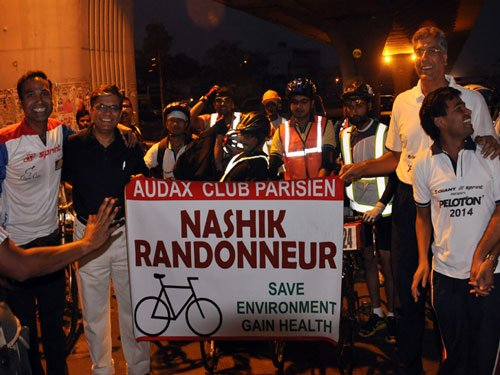 Doctor brothers from Nashik finish world's toughest cycle race