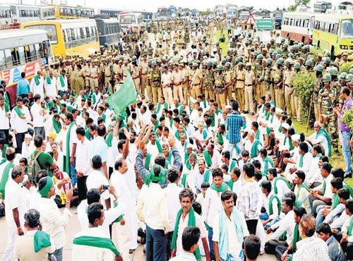 Demanding dues, sugar cane growers block national highway