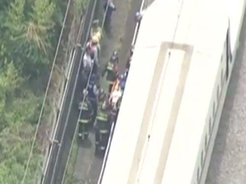 Man sets himself ablaze on Japan bullet train
