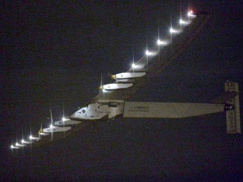 Solar Impulse reaches quarter way point in Japan-US flight