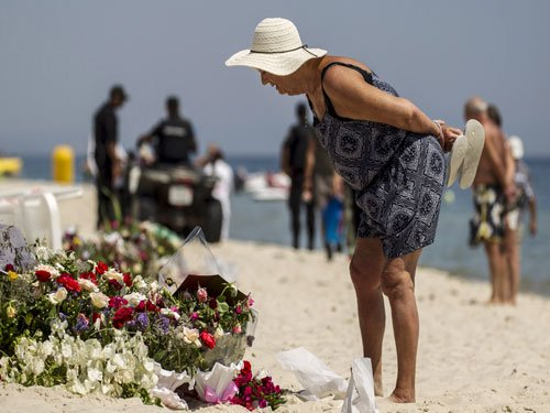 Tunisia vows emergency tourism measures after beach attack
