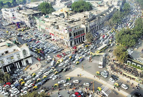 Real-time traffic updates available in 12 more Indian cities: Google
