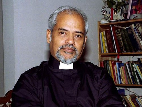 I will quit if proved guilty: Valson Thampu | Deccan Herald