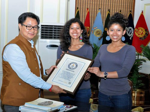 'Everest twins' clinch Explorers Grand Slam