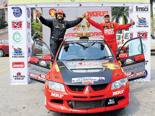 Urs-Gowda bag overall crown
