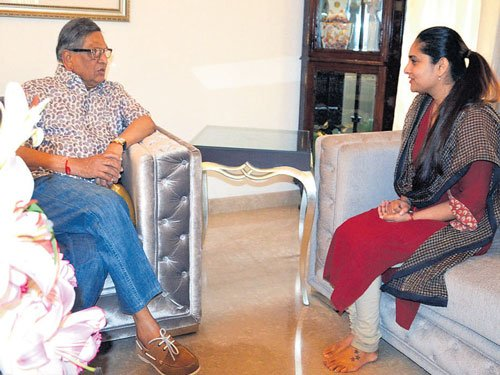 Actor Ramya to return to politics soon