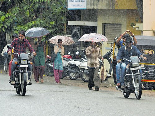 Rains keep pace, lash parts of State