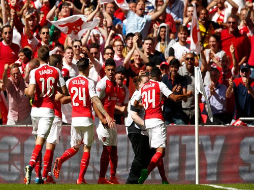 Gunners start with a bang