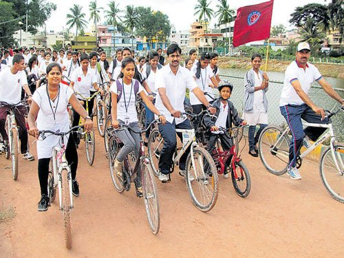 Cycle Day observed in memory of Dr Kalam