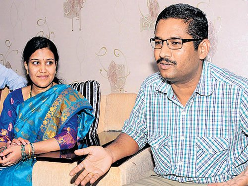 IS men treated me like a guest, invited me back: Freed teacher