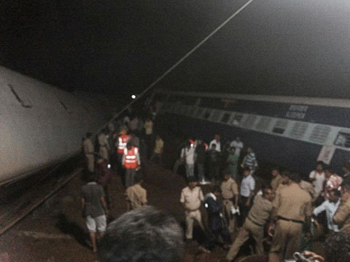 At least 28 dead, several injured as two trains derail in MP, rescue ops on