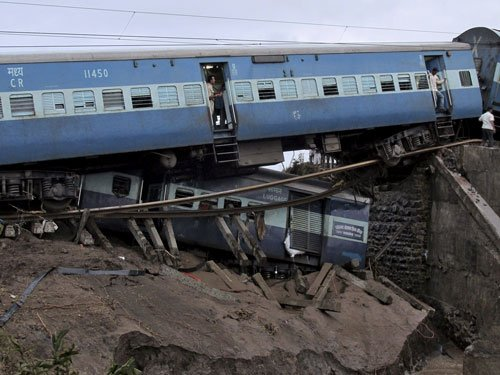 Twin train mishap in MP: Passengers recount horror