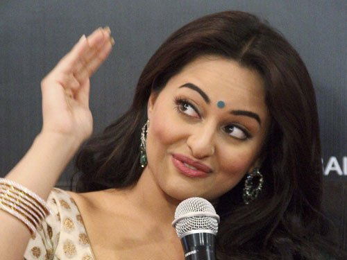 Sonakshi maintaining resolution to do challenging roles