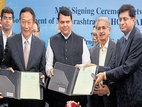 Foxconn to invest $5 b in M'rashtra over 3 yrs