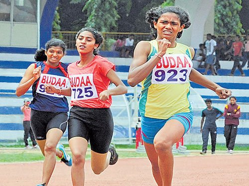 Srishaila, Srikala bag top honours
