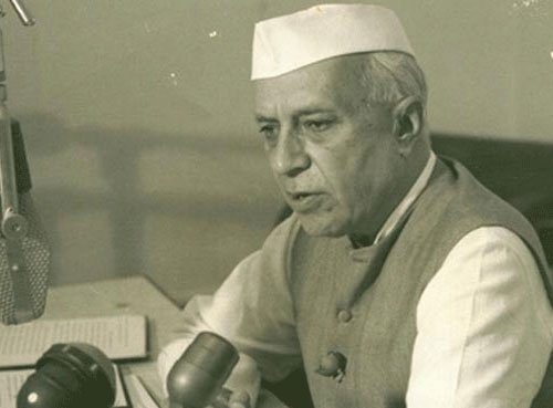 Disclosure of those who altered Nehru page on Wikipedia has security implication