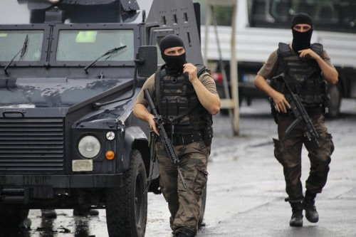 6 Turkish forces killed, US consulate attacked in Istanbul