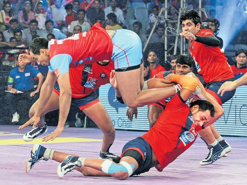 Pink Panthers outclass Delhi