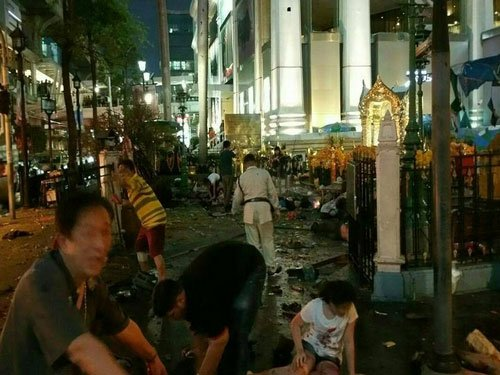 27 killed in bomb blasts outside Brahma temple in Thailand