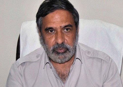 Cong attacks Modi for anti-UPA remarks in UAE
