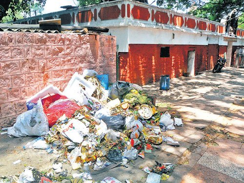 Garbage piles up on streets as civic workers go canvassing