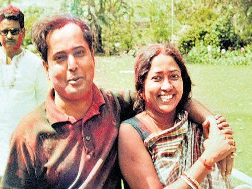 President Pranab Mukherjee's wife Suvra passes away