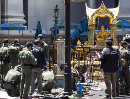 Thai Brahma temple reopens for worshippers and tourists