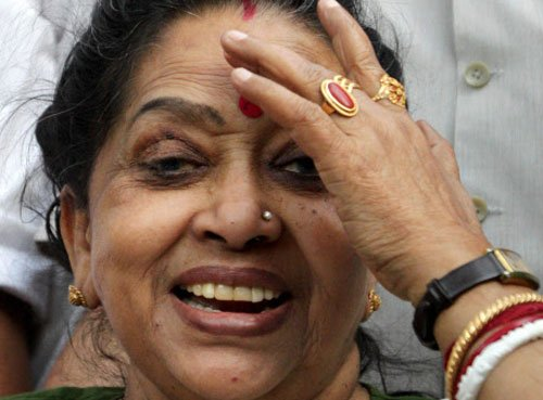 Mortal remains of Suvra Mukherjee consigned to flames