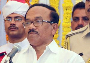 Goa CM Parsekar wants relative suspended in graft case