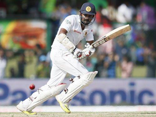 Sangakkara fails in farewell, Lankans end day 2 at 140/3