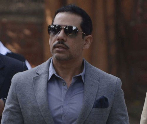 Vadra welcomes govt move to remove him from 'no-frisking' list