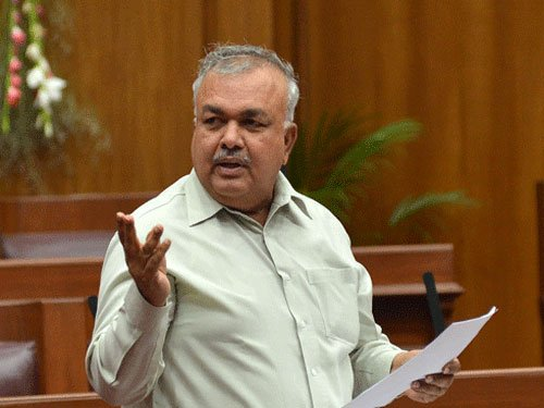 Exclusive minister for B'luru not viable, says Reddy