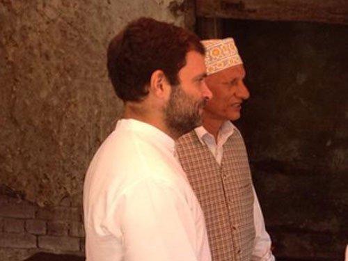 Rahul takes tea break in separatists' bastion