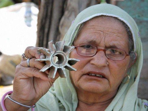 Pak violates ceasefire again, kills 3 civilians