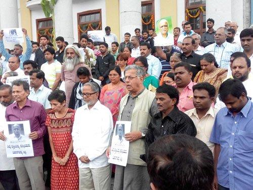Litterateurs, progressive thinkers condole Kalburgi's death