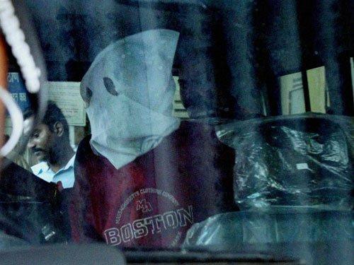 Sheena Bora murder: Police seize suitcase, re-create crime scene
