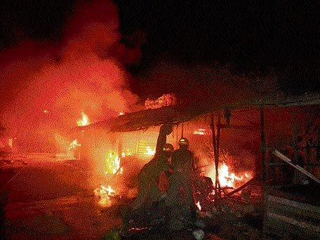 Houses of Manipur minister, 5 MLAs torched